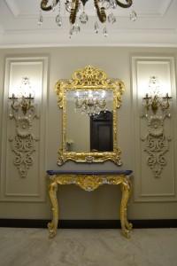 зеркало со столиком резьба сусальное золото